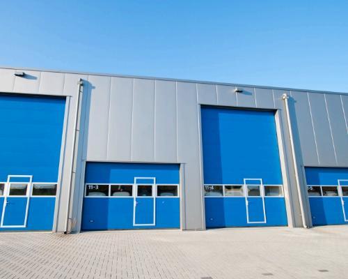 Chiusure industriali e serrande: sicurezza e funzionalità