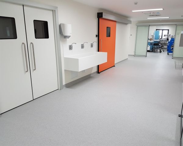 Lastre Lexan Cliniwall di Sogimi per rivestimenti interni di ambienti sanitari