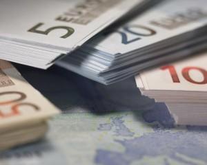Calano i tassi sui mutui, riprendono i prestiti 1