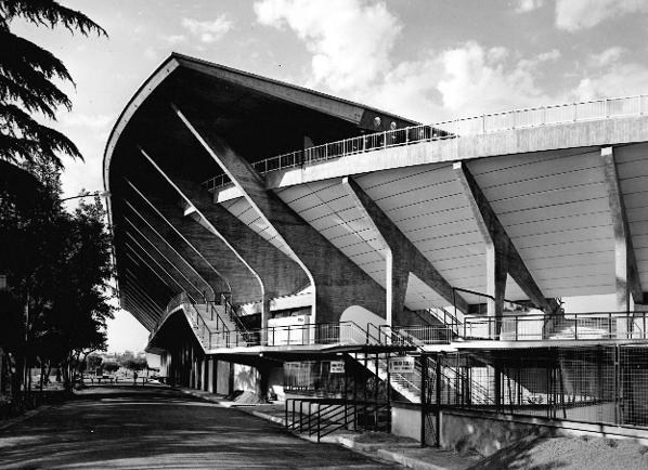 Stadio Flaminio, Roma, veduta esterna della pensilina, 1960. Courtesy PLN Project, Bruxelles
