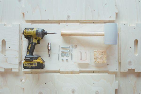 Pochi semplici strumenti per assemblare il modulo U-Build