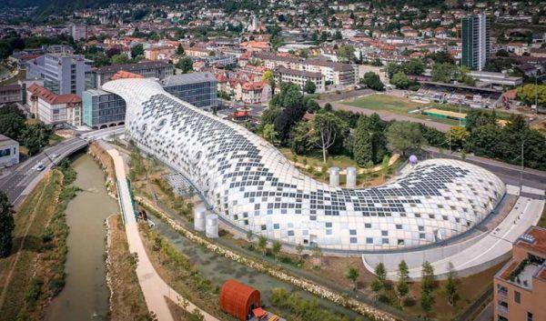 Nuovo headquarter Swatch in Svizzera in una delle strutture in legno più grandi al mondo