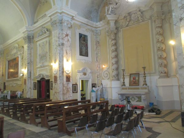 Tecnologia con iniezione di resine espandenti SYStab per il consolidamento strutturale di una Chiesa del 600