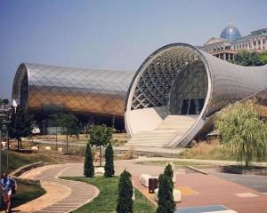 Rhike Park, un periscopio su Tbilisi