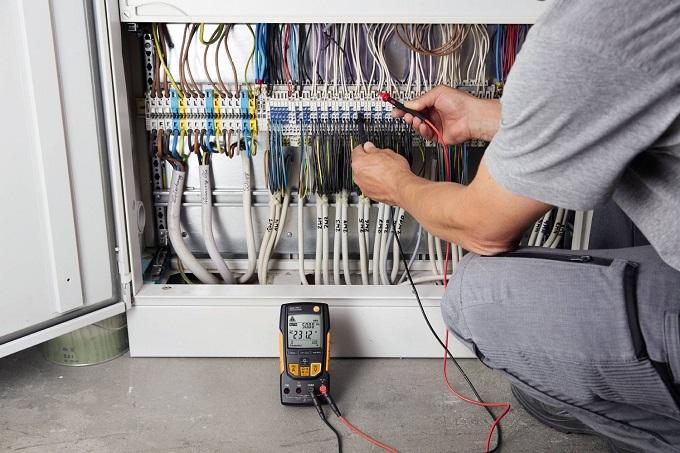 Multimetro digitale con misurazione del TRMS testo 760-2