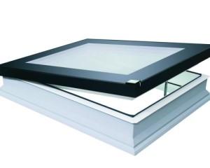 FAKRO a MADE EXPO presenta la nuova finestra per tetti piatti