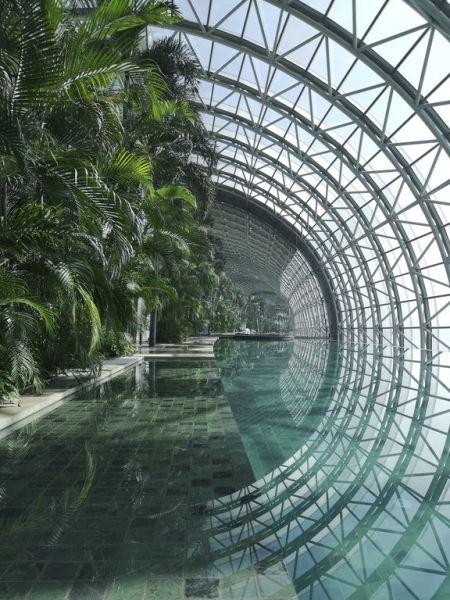 The Crystal, il giardino pubblico interno