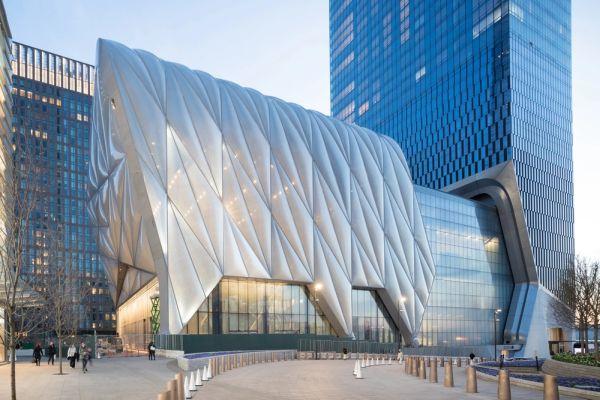 Il guscio di The Shed: l'edificio newyorkese che si allunga per eventi e manifestazioni