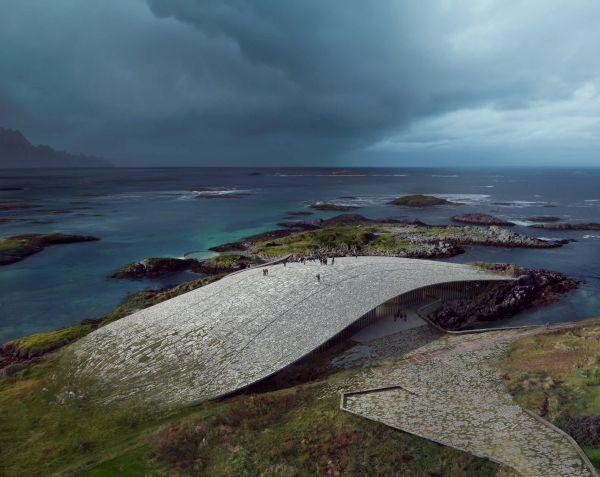 Tetto curvo e calpestabile di The Whale, il nuovo centro turistico del circolo polare artico.