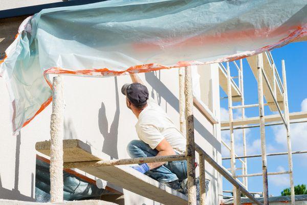 Edilizia libera: tinteggiare la facciata