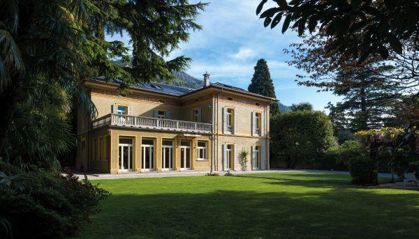 Villa Castelli sul lago di Como