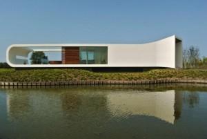 Villa New Water, realizzata in Corian