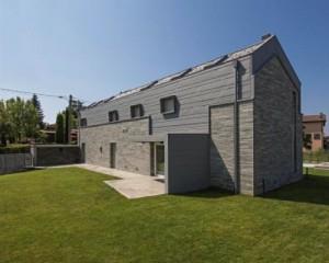 Resistenza e leggerezza dell'alluminio in una villa privata