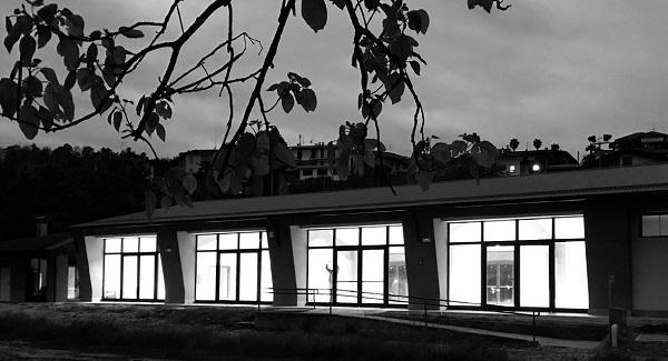 Vista esterna del centro polifunzionale