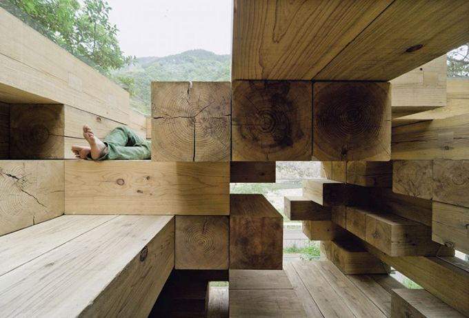 Final Wooden House di Fujomoto